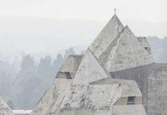 Ensaio fotográfico retrata a Igreja da Peregrinação de Gottfried Böhm em Neviges