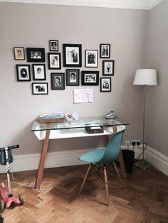 My friend Beatrice desk . I love it!