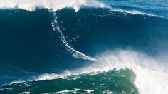 Surfen: Weltrekord auf der Monsterwelle - Mehr Sport - FAZ 06.05.2012   Foto: Garrett McNamara vor der Küste von Portugal - Wilson Ribeiro/Billabong   Surfen  Weltrekord auf der Monsterwelle  06.05.2012 ·  24 Meter hoch war die Welle, die der Hawaiianer Garrett McNamara vor der Küste Portugals hinunterbrauste. Das ist die höchste Welle, die ein Wellenreiter jemals gesurft ist, und das auch mit einem Bild dokumentieren konnte.