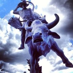 Lane Frost Brand @FrostStetson Feb 15, March 2016  07/24/93 Sculpture by Chris Navarro of Lane at the Frontier Days Park Cheyenne, Wyoming. #rodeo #lanefrost #prca