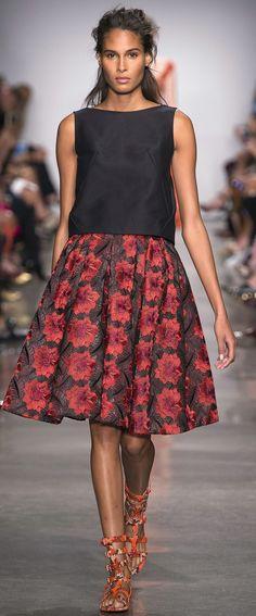 Desfile New York Fashion Week PrimaveraVero 2017 Zac Posen Destaques  Fragmentos de Moda