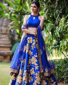 Outfit: Reynu Taandon