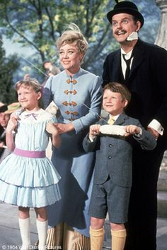 "Jane and Michael with Glynis Johns as Mrs. Banks and David Tomlinson as Mr. Banks in ""Mary Poppins"" Mary Poppins 1964, Mary Poppins Musical, Mr Banks Mary Poppins, Michael Mary Poppins, Walt Disney, Disney Love, Disney Magic, Jim Henson, Phoenix Arizona"