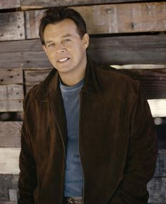 Sammy Kershaw - I picked out this jacket for him to wear.