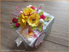 Mój świat kolorów...: Letni box... Exploding Boxes, Decoupage, Gift Wrapping, Gifts, Gift Wrapping Paper, Favors, Gift Packaging, Presents, Gift