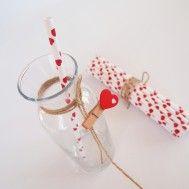 Kırmızı Kalpli Beyaz Kağıt Pipet