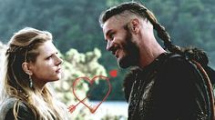 Image uploaded by Giuliana. Find images and videos about love, smile and vikings on We Heart It - the app to get lost in what you love. Vikings Show, Vikings Ragnar, Ragnar Lothbrok, Lagertha, Viking Bracelet, Viking Jewelry, Norse Pagan, Travis Fimmel, Historical Costume