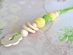 Zahnring. Greifling. Spielzeug für Babys. Zahner von NiHaMa - Nice Hand Made auf DaWanda.com