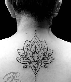 Brilliant-Upper-Back-Lotus-Flower-Mandala-Tattoo.jpg 600×691 pixels