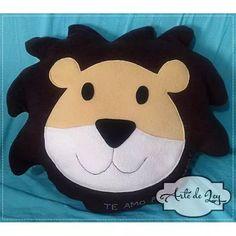 Almohadon Emoji León Emoticon Decoración Colección Juegos - $ 385,00 Hello Kitty, Bb, Fictional Characters, Tinkerbell, Throw Pillows, Funny Design, Smileys, Toss Pillows, Appliques