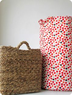 *Tadaam !: DIY / Tuto : Sac de rangement en tissu Coin Couture, Couture Sewing, Diy Sac, Sewing Projects, Sewing Ideas, Diy And Crafts, Sewing Patterns, Textiles, Crochet