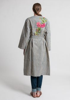 Péro Linen/Cotton Floral Embroidery Jacket in Multicolor Embroidery Suits Design, Floral Embroidery, Hand Embroidery, Santa Fe Dry Goods, Duster Coat, Tunic Tops, Shirt Dress, Fashion Outfits, Cotton