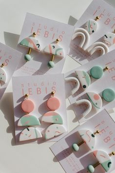 Fimo Ring, Diy Earrings Polymer Clay, Polymer Clay Charms, Polymer Clay Art, Diy Resin Crafts, Polymer Clay Projects, Crea Fimo, Cute Clay, Bijoux Diy