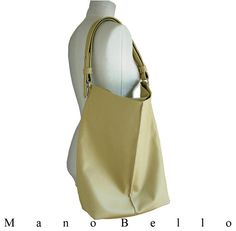 Large Leather Tote Taupe Leather Market or Weekend door ManoBello