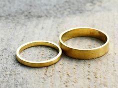 Freundschaftsringe - Eheringe aus fairtrade Gold 750  - ein Designerstück von KatjaGold bei DaWanda