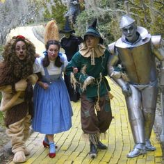 Follow the yellow brick road with the characters from Wizard of Oz September 9, 2016, at Autumn at Oz!