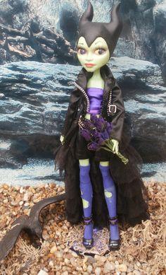 monster high custom repaint daughter of maleficent by Rach-Hells ...