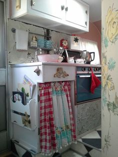 PEARL ...camper kitchenette Cherry Hill Cottage