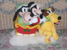 Mickey and friends animated sleigh