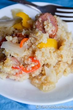 Fast, healthy, and full of flavor! Try this yummy Crockpot Cajun Sausage & Quinoa Recipe