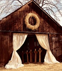 Fall Wedding-perfect for Baileys wedding one day.