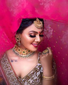 Awesome Bridal Makeover!  Makeup @aanalsavaliya #makeup #bride #wedding #weddingphotography #jewellery #photography #bridemakeup Indian Engagement Photos, Indian Wedding Photos, Big Fat Indian Wedding, Wedding Wire Website, Bridal Makeover, Indian Bridal Makeup, Bridal Photography, Photography Poses, Bride Makeup
