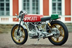 Ducati cafe racer by Renard Speed Shop of Estonia.