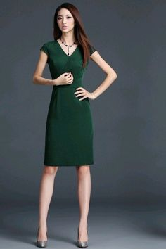 Free delivery | 100% Same Item | Made in Vietnam Green Short Sleeves Dress ₱1700.00   #Dress #lookbook #dressph #outfits #onlineshopph #outfitpost #lookoftheday #me #Philippines #pinay