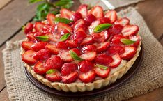 Star Spangled Sugar-Free Strawberry Tart by the Diabetic Pastry Chef - Divabetic Strawberry Tart, Strawberry Topping, Puff Pastry Chicken, My Recipes, Dessert Recipes, Diabetic Friendly, Pavlova, Sugar Free, Delicious Desserts