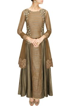 Bronze sequins and zari embroidered striped anarkali set by Ridhima Bhasin. Shop at: www.perniaspopups... #anarkali #ridhimabhasin #designer #shopnow #perniaspopupshop #happyshopping.