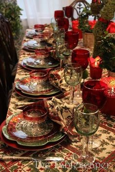 Christmas Tablescape: square tissue paper wrapped around votives. Christmas Table Settings, Christmas Tablescapes, Christmas Table Decorations, Holiday Tables, Decoration Table, Christmas Dishes, Noel Christmas, All Things Christmas, Christmas Lunch