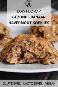 These simple banana oat cookies make a delicious healthy breakfast or snack. Low FODMAP gluten-free dairy-free and vegan. Fodmap Dessert Recipe, Fodmap Recipes, Dessert Recipes, Diet Recipes, Banana Oat Cookies, Banana Oats, Gluten Free Cookies, Healthy Cookies, Healthy Sweets