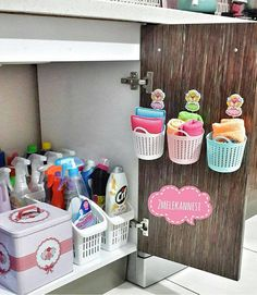 12 Examples of Inspiration for Home Design Ideas Cleaning Cupboard Organisation, Home Organisation, Cardboard Box Crafts, Diy Kitchen Decor, Natural Home Decor, Organizing Your Home, Organizer, Preschool Crafts, Decoration