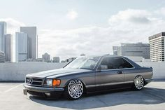 Mercedes W126 SEC Mercedes Benz 500, Old Mercedes, Classic Mercedes, Bmw E24, Merc Benz, Mercedez Benz, Volkswagen Jetta, Retro Cars, Custom Cars