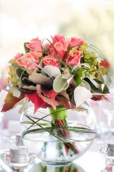 The George Table Centres - Flowers on Holmwood