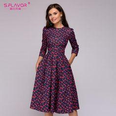 d33b82180ab Women Elegent A-line Dress 2018 Vintage printing party vestidos Three  Quarter Sleeve women Autumn