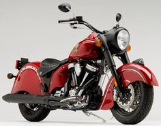 Vintage Motorcycles Classic The newly made line of Indians since Polaris took the name.their version of the classic chief. One day it'll be mine Indian Motorbike, Vintage Indian Motorcycles, American Motorcycles, Cool Motorcycles, Vintage Bikes, Vintage Cars, Choppers, Bobbers, Motos Vespa