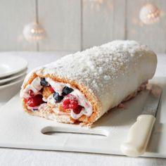 Snoepkonten opgelet! Dit zijn de 5 lekkerste kerstdesserts van Yvette van Boven. En als je niet kunt kiezen, dan maak je ze toch gewoon allemaal? Christmas Food Treats, Xmas Food, Christmas Cooking, Delicious Desserts, Dessert Recipes, Yummy Food, Sweets Cake, No Bake Cake, Sweet Recipes