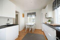 Rintamamiestalon keittiö koki remontissa upean muodonmuutoksen. - Unique Home
