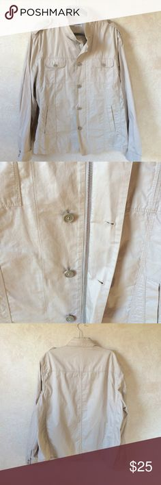 Men's Calvin Klein Tan Lightweight Jacket 2XL Pre-owned in good condition.  This lightweight jacket is perfect for spring or fall weather.  Comes with a concealed hood that zips into the collar. Calvin Klein Jackets & Coats Lightweight & Shirt Jackets