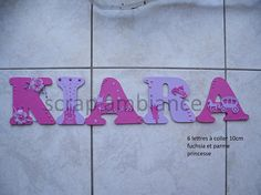 Je réalise sur commande le prénom de votre choix avec les couleurs et le thème que vous désirez.  Je dessine et découpe moi même les lettres sur du bois ( MDF ). Je propose donc plusieurs hauteurs ( 8cm, 10cm, 15cm et 20cm).  Les petites lettres sont idéalement conçues pour être collées sur une porte et les grandes lettres plutôt sur un mur.  Elles seront fournis avec des carrés adhésif double face.  Merci de mindiquer par message le prénom et le thème ou la décoration souhaitée.  Une fois…