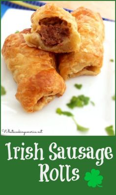 Irish Sausage Rolls are a fun and delicious Saint Patrick's Day appetizer to serve your family and friends. In Ireland, sausage rolls are very popular. You can find them served at pubs, at home Sausage Recipes, Pork Recipes, Cooking Recipes, Mince Recipes, Lemon Recipes, Easy Recipes, Irish Sausage, Irish Dinner, Gastronomia