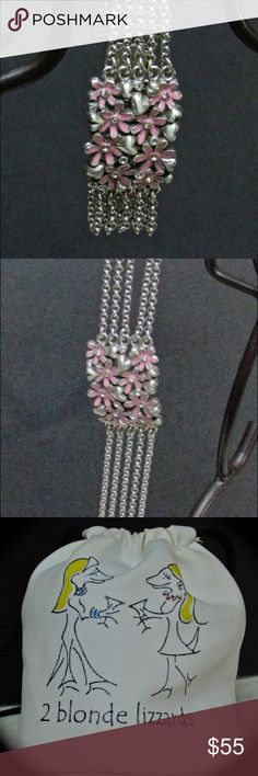 Retired Brighton Pink Daisy Bracelet that's classy This pink daisy retired Brighton piece is one that will surely add sizzle to any outfit! Worn only once!  It would fit a 6'-7' wrist! Brighton Jewelry Bracelets