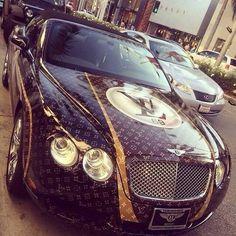 Luxury-Life Louis V Bentley Sexy Cars, Hot Cars, Maserati, Bugatti, Lamborghini, Rolls Royce, Bild Tattoos, Fancy Cars, Amazing Cars