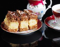 Sernik-orzechowiec Sweet Recipes, Cake Recipes, Food Cakes, Cheesecakes, Tiramisu, French Toast, Sweets, Bread, Cookies