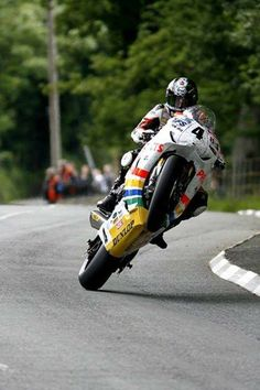 Real roads. Ian Hutchinson at the TT, on his way to historic (then) maximum 5 wins in a week.