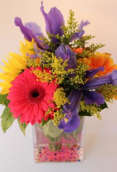 DIY Home Decor Crafts :DIY Vase : DIY Dotted Vase