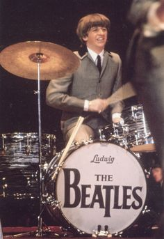 Chrome Postcard Ringo Starr On The Drums Celebrities