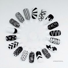 The Best Nail Art Designs – Your Beautiful Nails Black And White Nail Designs, Black And White Nail Art, White Glitter, Nail Art Wheel, Nail Patterns, White Patterns, Super Nails, Cute Nail Designs, Accent Nail Designs