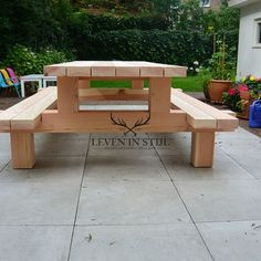 Holzarbeiten Tough picnic table douglas garden table Forreest that can be left untreated outside all Diy Picnic Table, Picnic Table Plans, Outdoor Picnic Tables, Diy Garden Furniture, Diy Outdoor Furniture, Outdoor Decor, Backyard Projects, Diy Wood Projects, Woodworking Projects